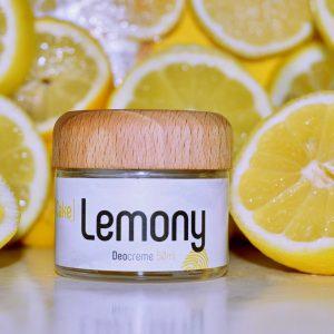Glastiegel und Holzdeckel der Deocreme Cake Lemony