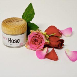 Die Deocreme Sugary Rose Sommer Edition wirkt genau wie die Originalrezeptur ohne Beerenwachs